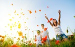 happy-people-in-the-poppy-field-1280x800-wide-wallpapers-net